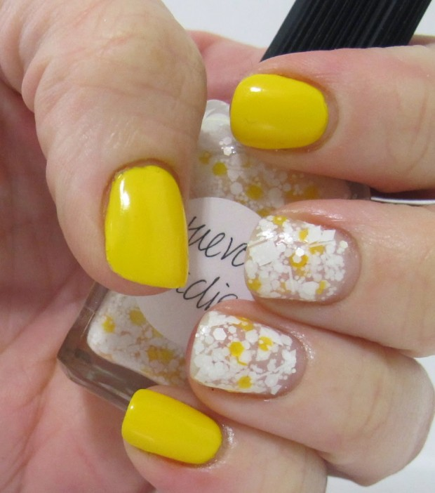 Different Shades of Yellow on Your Nails for Crazy Summer Nail Design (13)