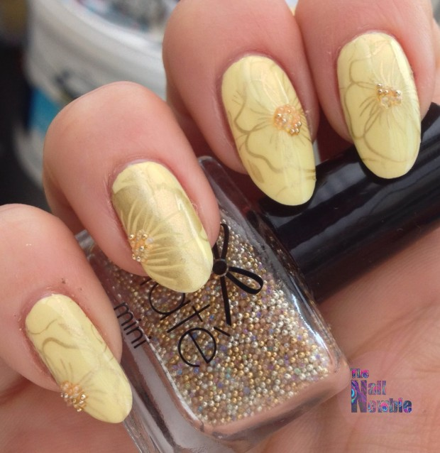 Different Shades of Yellow on Your Nails for Crazy Summer Nail Design (15)