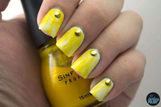 Different Shades of Yellow on Your Nails for Crazy Summer Nail Design (9)