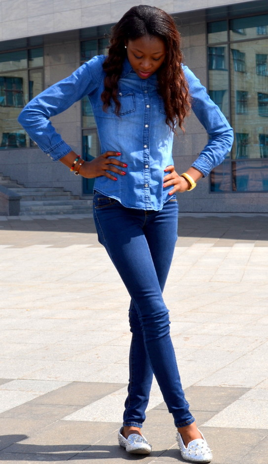 How to Wear Denim on Denim 17 Chic Outfit Ideas  (17)