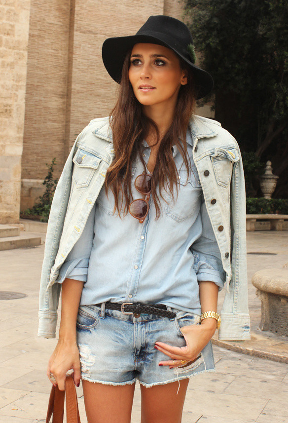 How to Wear Denim on Denim 17 Chic Outfit Ideas  (9)