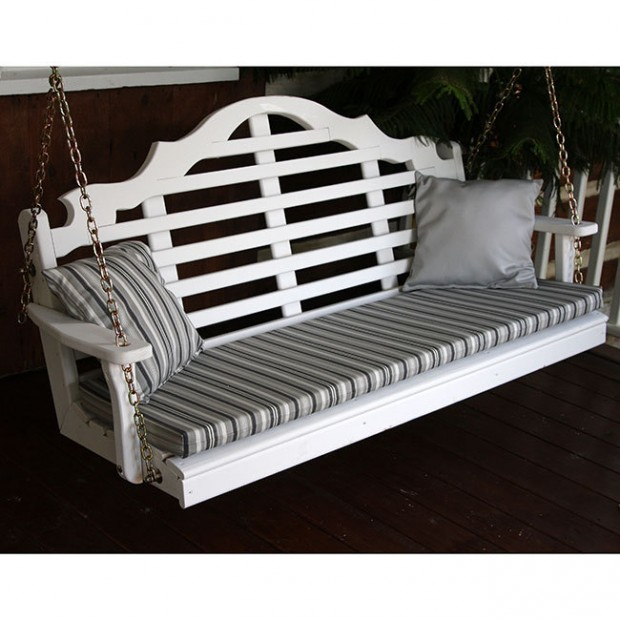 15 Custom Handcrafted Porch Swing Designs (13)