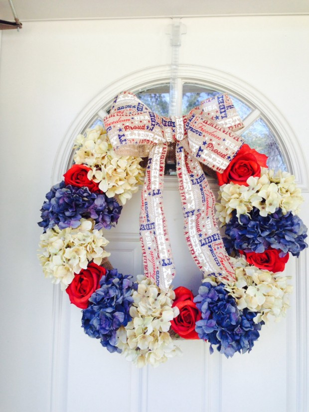 15 Festive Handmade 4th of July Wreath Designs (11)