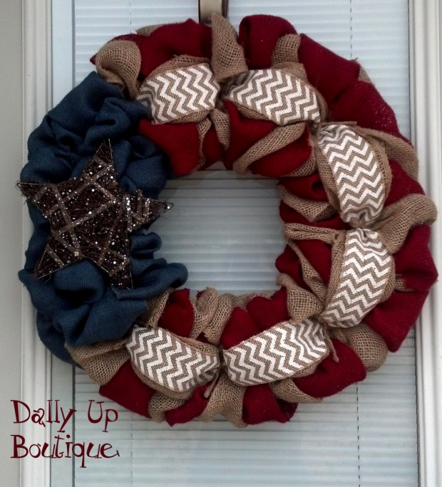 15 Festive Handmade 4th of July Wreath Designs (2)