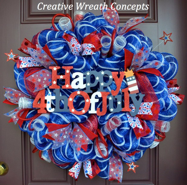 15 Festive Handmade 4th of July Wreath Designs (6)
