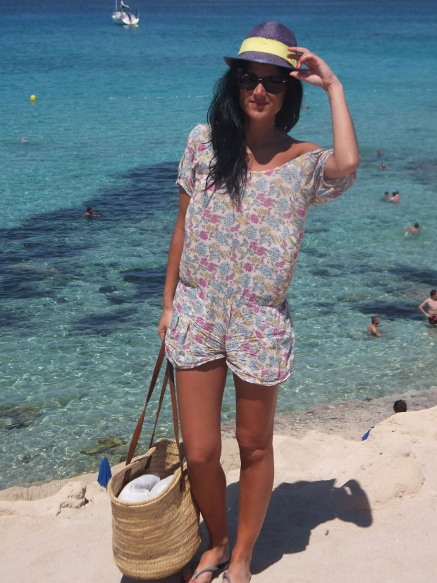 The Best 21 Pieces Of Clothing To Prepare For The Beach