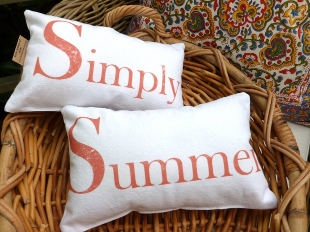 17 Fresh-looking Handmade Summer Pillow Designs (1)