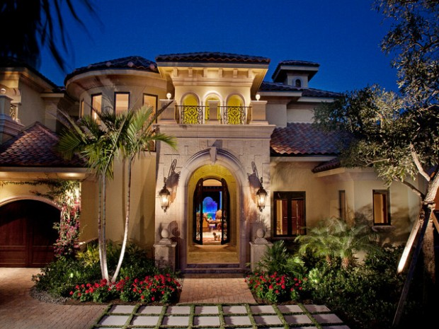 18 luxury villa designs that look stunning style motivation for Mediterranean style exterior