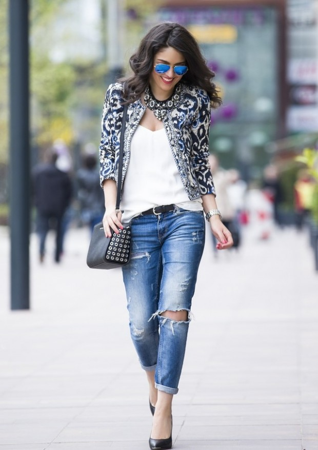 Hot Fashion Trend: 17 Stylish Outfit Ideas with Ripped Jeans