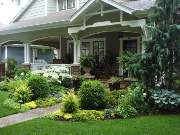 19 Amazing Small Front Yard Landscaping Ideas - Style ... on Tiny Front Yard Ideas id=39856