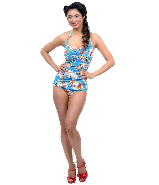 18 Lovely Retro Style Swimsuits for The Summer Season