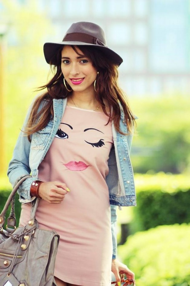 T shirts With Photo Print: New Trend Among Girls This Summer