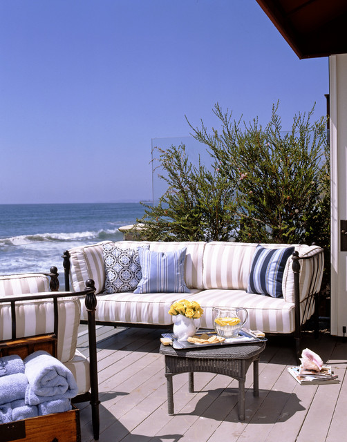 Patio design ideas with sea view  (13)