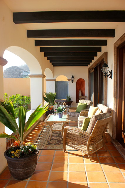 Wicker Patio Furniture Ideas for Perfect Outdoor Summer Decor (10)