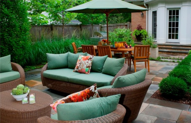 Wicker Patio Furniture Ideas for Perfect Outdoor Summer Decor (2)