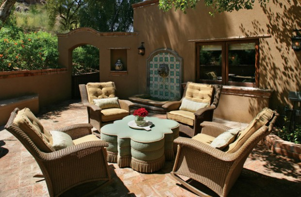 Wicker Patio Furniture Ideas for Perfect Outdoor Summer Decor (8)