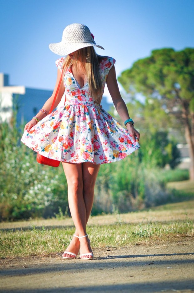 Lovely Floral Dresses for Cute Summer Look