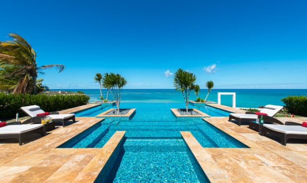 16 Amazing Pool Design Ideas with Breathtaking Sea View