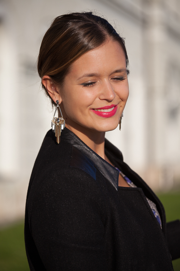 See What Kind Of Earrings Wear Fashion Bloggers