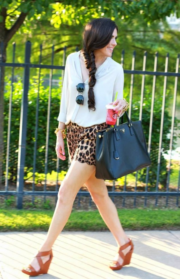 17 Trendy Street Style Looks to Inspire Your Next Outfit (12)