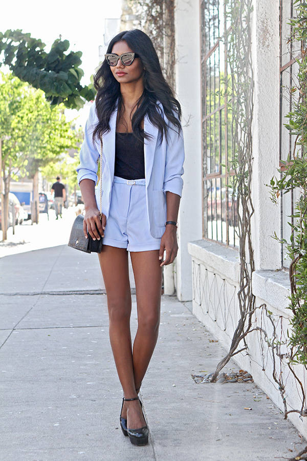 17 Trendy Street Style Looks to Inspire Your Next Outfit (16)
