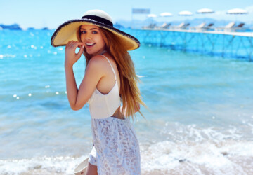 22 Stylish and Chic Summer Outfit Ideas with Hats - summer outfits, summer accessories, hats, beach outfit