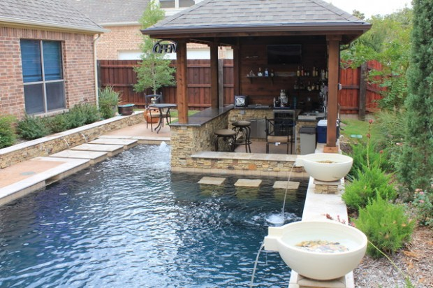 Amazing Pool Design Ideas for Your Small Backyard Area (15)