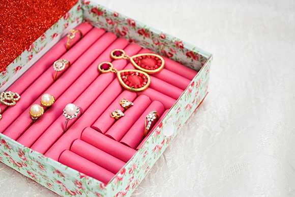 14 Simple And Creative Diy Jewelry Storage And