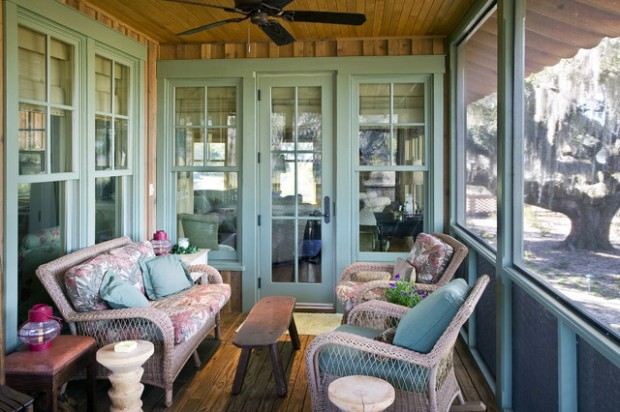19 Lovely Decor Ideas for Rustic Porch Look