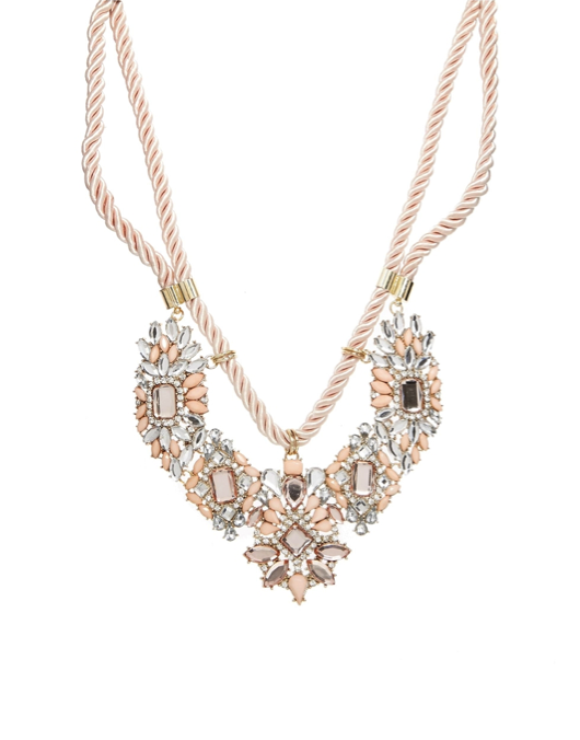 4 Ways to Wear a Statement Necklace This Summer