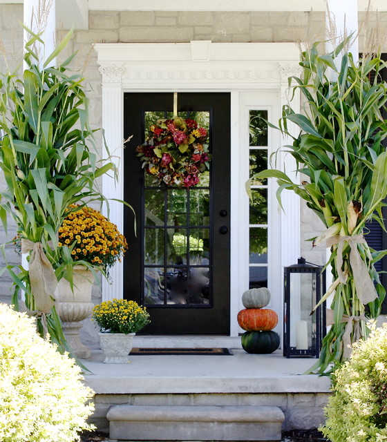 18 Pretty Front Porch Decorating Ideas for Fall