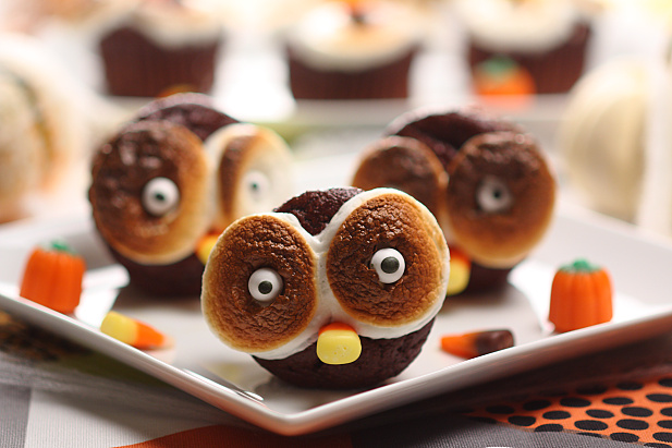 17 Spooky and Delicious Halloween Desserts and Treats Recipes