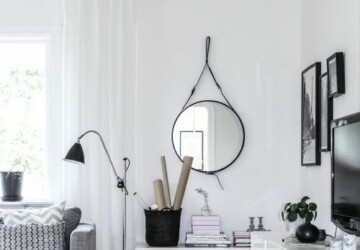 Creating Cosiness in an All-White Room - wall art, textures, scandinavian look, furniture, cosiness, accent colours