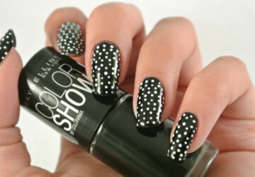 Cute Dots on Your Nails for Adorable Nails Look - polka dots nail art, nail design ideas, nail art ideas, dots nail art, Dots