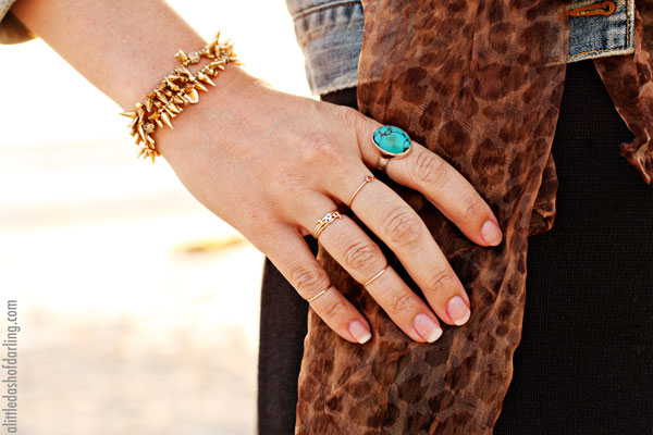 Simple yet Stylish Rings for Complete Outfit