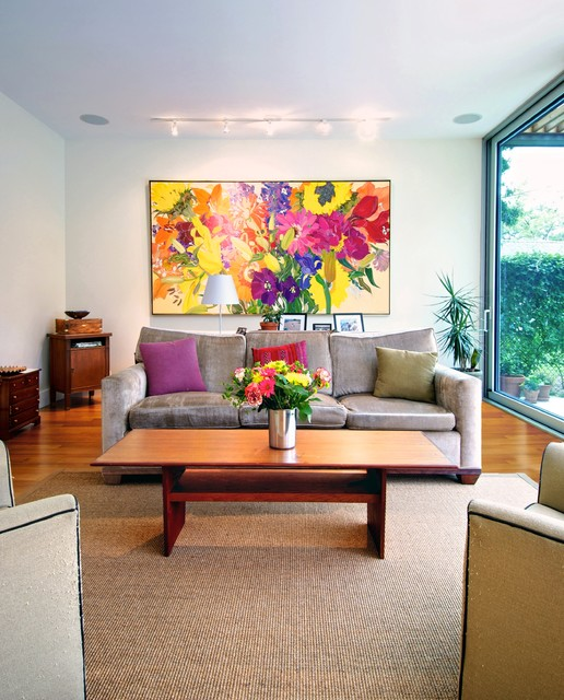 Colorful Bouquet of Freshness   22 Living Rooms Decorated with Flowers
