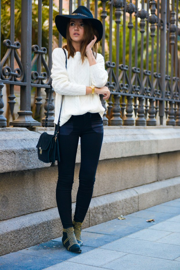 19 Stylish Winter Ready outfits with Sweaters