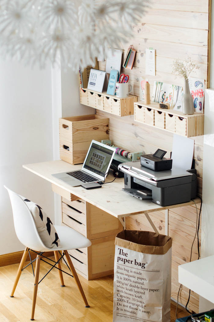 18 amazing diy ideas and tricks to organize your office for Office organization tips and ideas