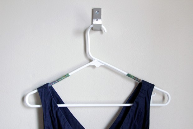 17 Clever DIY Clothing Organization Hacks  (10)
