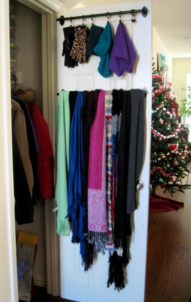17 Clever DIY Clothing Organization Hacks  (11)