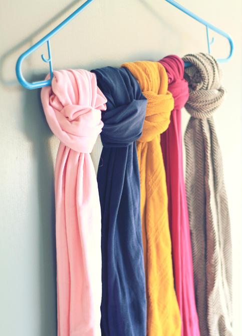 17 Clever DIY Clothing Organization Hacks  (16)