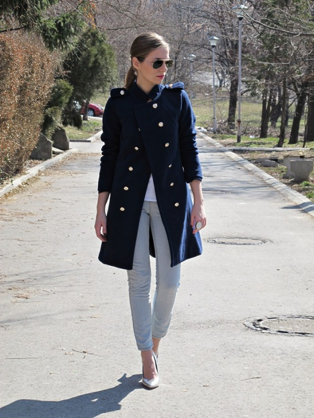 23 Classic Navy Coats to Keep You Warm During Winter