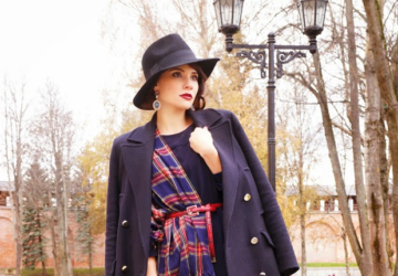 23 Classic Navy Coats to Keep You Warm During Winter - winter, outfit for cold weather, outfit for cold days, navy coat, navy, Elegant, coat, classy, Classic