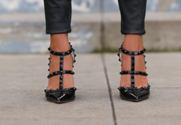 Edgy and Elegant Rockstud Pumps - 26 Outfit Ideas - valentino, rockstuds, rockstud pumps, rockstud, pumps, Elegant, edgy