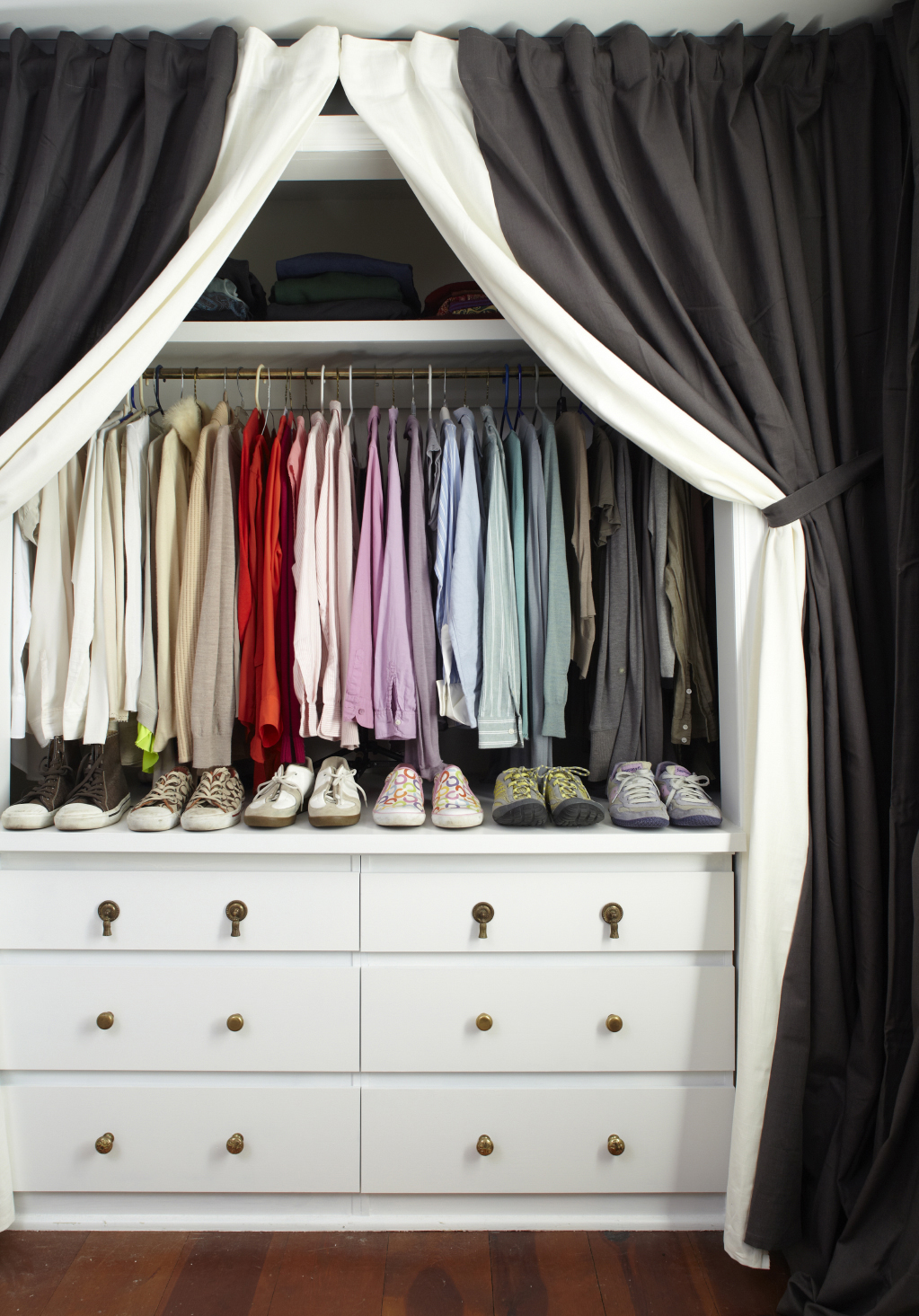 Picture of: 17 Clever And Functional Closet Organization Hacks And Diy Ideas