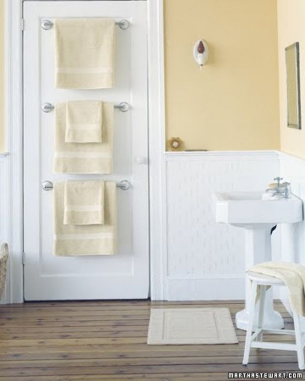 16 Clever DIY Storage Hacks for Small Bathrooms
