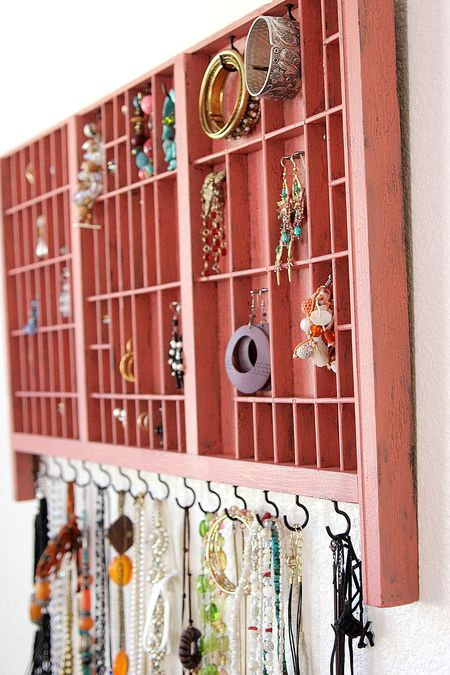 18 Extremely Creative DIY Jewelry Storage Solutions for You Style