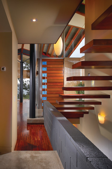 20 Floating Staircase Design Ideas for Modern Interiors