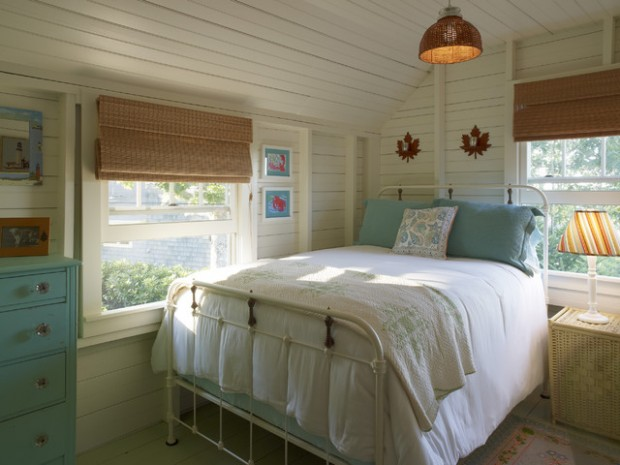 19 Cottage-Style Bedroom Decorating Ideas - Style Motivation