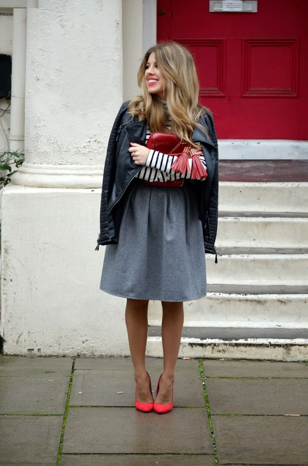 Chic Ways to Wear Your Midi Skirt During Winter 23 Outfit Ideas